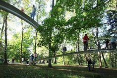 Tetsuo Kondo Architects' suspended ramp
