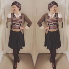 1940s Fashion, Girl Fashion, Librarian Chic, Land Girls, Vintage Instagram, Full Look, Vintage Scarf, Vintage Looks, Vintage Inspired