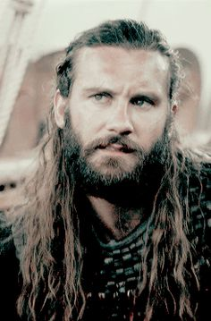 Clive James Standen as Rollo on Vikings Vikings Travis Fimmel, Vikings Ragnar, Viking 1, Viking Life, Vikings Tv Series, Vikings Tv Show, Lagertha, Rollo Lothbrok, Clive James