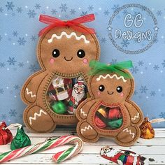 Embroidery Designs Patterns Gingerbread Peekaboo Treat Bag in the hoop - GG Designs Embroidery Paper Embroidery, Learn Embroidery, Embroidery Fonts, Embroidery Designs Free, Modern Embroidery, Flower Embroidery, Embroidery Ideas, Felt Christmas, Christmas Crafts