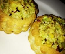 Recipe Tuna Vol au Vents by Kellie Considine, learn to make this recipe easily in your kitchen machine and discover other Thermomix recipes in Main dishes - fish. Party Food 70s, 70s Food, Vol Au Vent, Cooking Recipes, Healthy Recipes, Healthy Meals, Canadian Food, Recipe Community, Foods To Eat