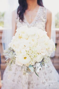 an all white bouquet? how lovely