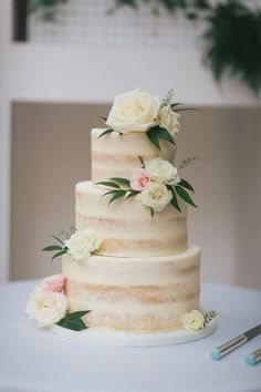 Floral Topped Naked Cake: Modern Fresh Toronto Fall Wedding | Facibeni Photography