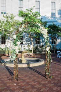 Katie & Byron, 8.6.16, University of Southern California. PC by Jillian Rose Photography, Planning by Emma Seitz, First Pick Planning