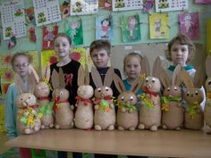 f Clay Crafts, Arts And Crafts, Easter 2018, Wood Elf, Spring Crafts For Kids, Diy Blog, Easter Crafts, Easter Bunny, Kindergarten