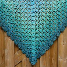 Al sinds juni had ik een bol Limited By van Wolcafé in huis. Ik deed daar een workshop inhaken (tapestry) en kon natuurlijk niet naar huis zonder zo'n prachtige bol. Ik kreeg er een patroon van een om