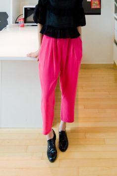 wide leg crop pants from Kakuu Basic. Saved to Kakuu Basic Pants. Shop more products from Kakuu Basic on Wanelo. Korean Fashion Online, Online Fashion Stores, Seoul Fashion, Korean Outfits, Japanese Fashion, Cropped Pants, Fashion Brand, Wide Leg, Street Wear