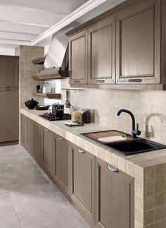 Cucina in muratura con ante grigie | Kitchens | Pinterest | Cucina ...