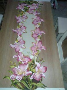 Pintura em tecido - compartilhado no grupo cantinho das pinturas do facebook - Meus parabéns Cláudia Rosana