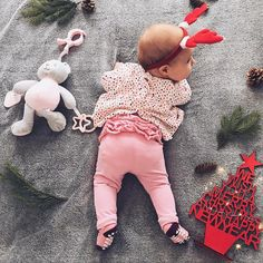 "955 aprecieri, 125 comentarii - Daniela Macsim (@danielamacsim) pe Instagram: ""There are only 4 days until our first Christmas with baby Antonia. 💓…"""