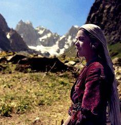 Kurdish girl with traditional dress in Colemêrg (Hakkari) Northern Kurdistan