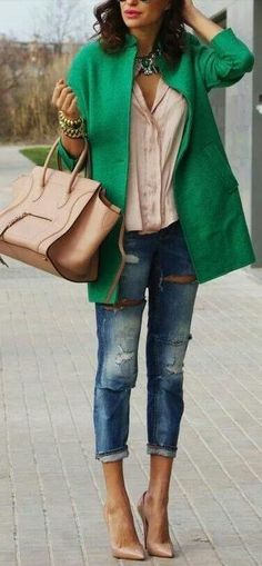 Love this entire outfit. The coat is fabulous!! Love the green #stitchfix
