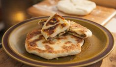 Spiced Beef Flatbread (Khima Chapati) by Adrian Richardson - Good Chef Bad Chef Curry Recipes, Beef Recipes, Cooking Recipes, Roti Canai Recipe, Flatbread Recipes, Savoury Recipes, Chef Shows, Spiced Beef, Tv Chefs