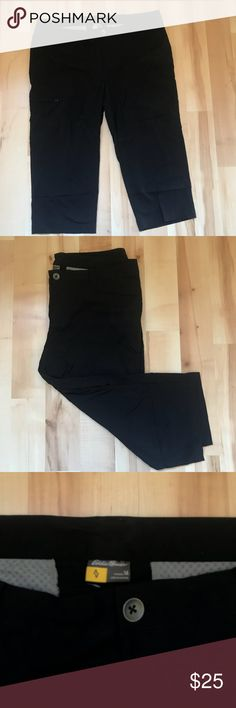 Eddie Bauer Capri cargo pants size 14 In great condition. Only worn a few times. The items I sell are from my own closet. Our home is smoke-free and pet-free, so my items are friendly for those with allergies. Eddie Bauer Pants Capris