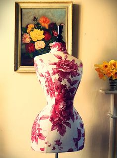 Wasp Waisted mannequin