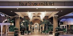 The Four Seasons Hotel Los Angeles at Beverly Hills has sought a new look from luxury interior design firm, sfa design. As the longstanding, choice locale for Hollywood A-List events: film premier press junkets, celebrity weddings and charity benefits, th Five Star Hotel, 5 Star Hotels, Hotels And Resorts, Best Hotels, Luxury Hotels, Amazing Hotels, Beach Resorts, Luxury Cars, Monte Carlo
