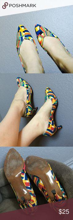 Vintage Heels Vintage. Abstract Primary Colors -Art Deco, 80's, also kinda Timeless.  7AA size. Would recommend for narrow 7/6.5 regular. Gently worn -only wear shows on inside/bottom. Life Stride Shoes Heels