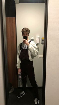 Outfits Hombre, Boy Outfits, Boy Fashion, Mens Fashion, Fashion Outfits, Herren Outfit, Tumblr Outfits, Inspiration Mode, Mens Clothing Styles