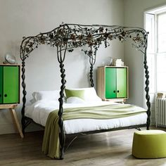 Modern bedroom pictures and photos for your next decorating project. Find inspiration from of beautiful living room images Forest Bedroom, Garden Bedroom, Dream Bedroom, Master Bedroom, Girls Bedroom, Bedroom Modern, Nature Bedroom, Ivory Bedroom, Narrow Bedroom