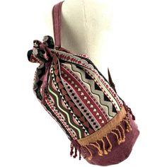 Aztec Boho beach bag ($33) ❤ liked on Polyvore featuring bags, handbags, boho bag, bohemian style handbags, aztec purse, aztec handbag and bohemian handbags