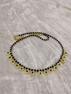 Offers a wide range of good jewelry stock, traditional Blonde Ornament for Women. Silver Jewellery Indian, Gold Jewellery Design, Black Jewelry, Bead Jewellery, Simple Jewelry, Beaded Jewelry, Gold Jewelry, Long Pearl Necklaces, Gold Necklace