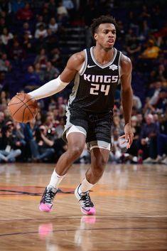 Buddy Basketball Floor, College Basketball, Sacramento Kings, Wnba, Nba Players, Lebron James, Michael Jordan, Tank Man, Sports