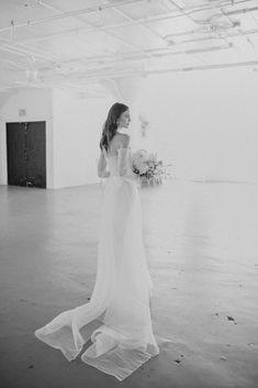 Foolishly Rushing In: Fotografía editorial de bodas inspirada en la moda – Wedding Hub Nicole Richie, Top Wedding Photographers, Wedding Dresses, Fashion, Wedding Videos, Editorial Photography, Fashion Magazines, Bride Dresses, Moda