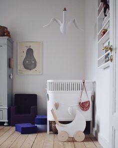 Kinderzimmer, schlicht und liebevoll