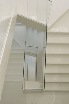 Sublime White staircase!