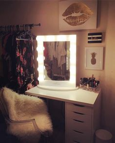 1000+ images about Impressions Vanity Inspo on Pinterest Incandescent Bulbs, Vanity Mirrors ...