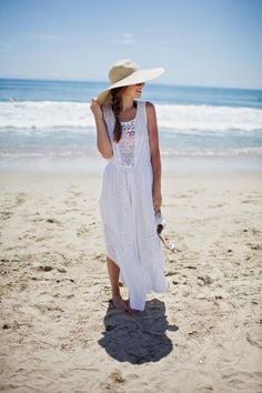Merrick's Art // Style + Sewing for the Everyday Girl: Casual Summer Fashion For Teens, Summer Fashion Outfits, Beach Outfits, Vacation Outfits, Dress Fashion, Fashion Photo, White Maxi Dresses, Summer Dresses, Merricks Art