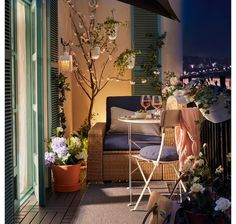Small Balcony Design, Small Balcony Decor, Small Balcony Furniture, Modern Balcony, Balcony Ideas, Tiny Balcony, Apartment Balcony Decorating, Apartment Balconies, Apartment Patios