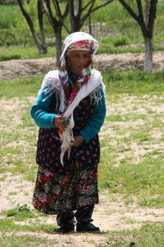 la cote est dure a monter. Ouzbékistan.