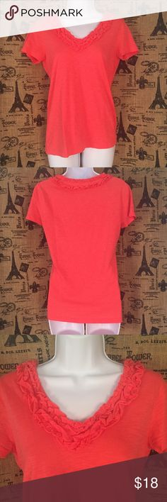 """J. Crew Factory Pink Top Size XS Brand: J. Crew Factory  Size: XS  Description: Ruffled V neck, very soft  Condition: Very Good  Fabric: 100% cotton  Bust: 34""""  Length: 25""""  Item #1378  Bundle Discount Available!  Reasonable offers welcome!  No trades please..  Thanks for stopping by!!  #Poshmark #Poshmarkapp #Poshmarkcloset J. Crew Factory Tops Blouses"""