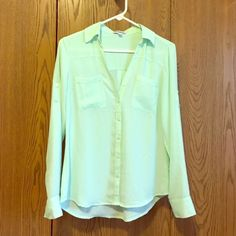 Express Portofino Shirt NWOT Express Portofino Shirt NWOT, never worn!! Perfect for spring and summer weather, dress it up or down 💜 Express Tops Blouses