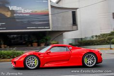 four hybrid porsche 918 spotted in south africa february 8th 2014 motor vehicles pinterest. Black Bedroom Furniture Sets. Home Design Ideas