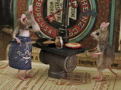 MousesHouses: April 2011