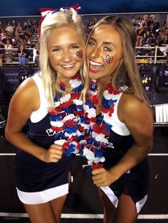 Hs Football, High School Football Games, Football Spirit, Football Themes, Cheerleading Pics, Hot Cheerleaders, High School Cheerleading, Girls Softball, Girls Basketball