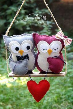 Needle Felted Animals: Chick Series – Armature and Wrapping by Sarafina Fiber Art – Needle Felting Felt Crafts Diy, Owl Crafts, Felt Diy, Fabric Crafts, Sewing Crafts, Sewing Projects, Craft Projects, Felt Owls, Felt Birds