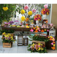 Inspiração para as festinhas de Primavera! Regrann @belotoque #festejandoemcasa #jardimfestejandoemcasa #festaadulto by festejandoemcasaoficial