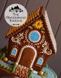 Gingerbread House Thanksgiving www. free pattern and tutorial Gingerbread House Patterns, Gingerbread Village, Gingerbread Decorations, Christmas Gingerbread House, Christmas Sweets, Christmas Goodies, Christmas Baking, Gingerbread Cookies, Christmas Time