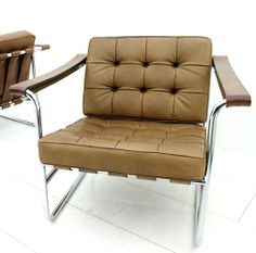 Hans Eichenberger; #HE 113 Chromed Metal and Leather Lounge Chair for De Sede, 1956.