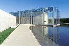 langen foundation glass building architecture