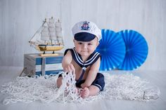 Top Baby Photography themes and ideas Baby Boy Photography, Photography Themes, Children Photography, Baby Boy Pictures, Newborn Pictures, Fotos Baby Shower, Sailor Baby, Monthly Baby Photos, Foto Baby