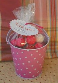 "101 Valentine Ideas Under $5.00 - I love this idea for the kids this year, ""Valentine I CHEWS you!"" You could also remind the children to ""CHEWS the RIGHT!"" Cute simple ideas for small gifts for children, motivational ideas."