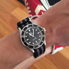 Rolex submariner 5513 on NATO strap