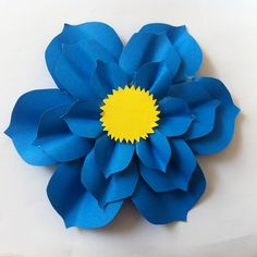 DIY Paper Flower for Mother's Day Gift Topper