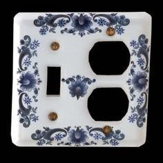 Switchplates White Delft Porcelain, Toggle/Outlet switch plate