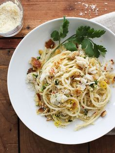 Crab Spaghetti with Lemon Gremolata - Simple yet elegant, this Crab Spaghetti is pure comfort food with a high brow touch—because who doesn't find comfort in twirling pasta around the big old clumps of sweetly lush lump crab. Seafood Dishes, Pasta Dishes, Seafood Recipes, Dinner Recipes, Cooking Recipes, Crab Pasta Recipes, Lasagna Recipes, Seafood Stew, Recipe Pasta