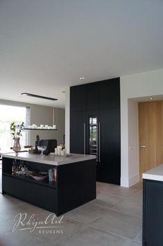 Most Popular Kitchen Design Ideas for 2019 - Evan Decor Kitchen Cupboards, Kitchen Redo, Rustic Kitchen, New Kitchen, Kitchen Remodel, Kitchen Dining, Küchen Design, Design Ideas, Kitchen Photos